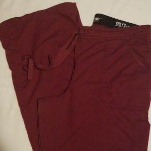 Grey's Anatomy scrub set, size medium